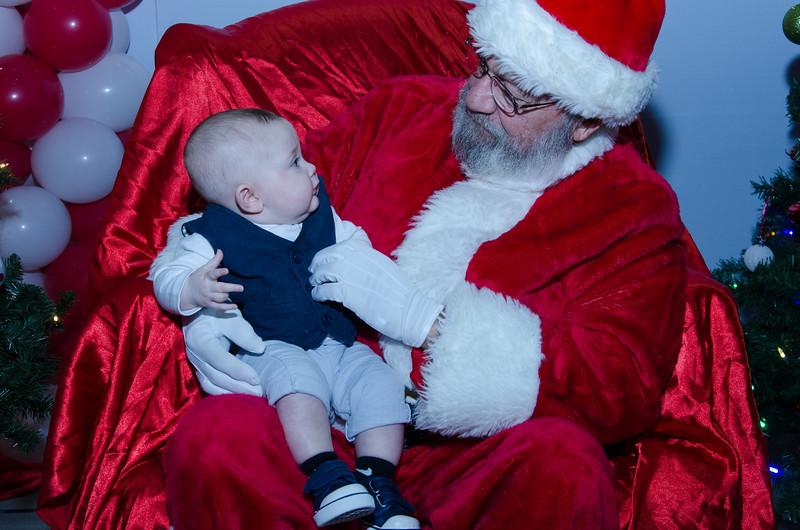 2016 AA DFW Rec Cmte Santa-4920
