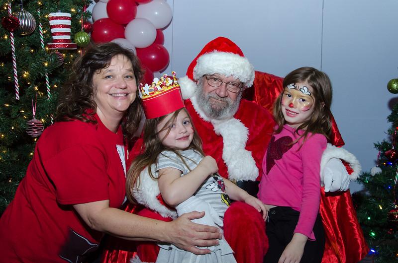 2016 AA DFW Rec Cmte Santa-5015