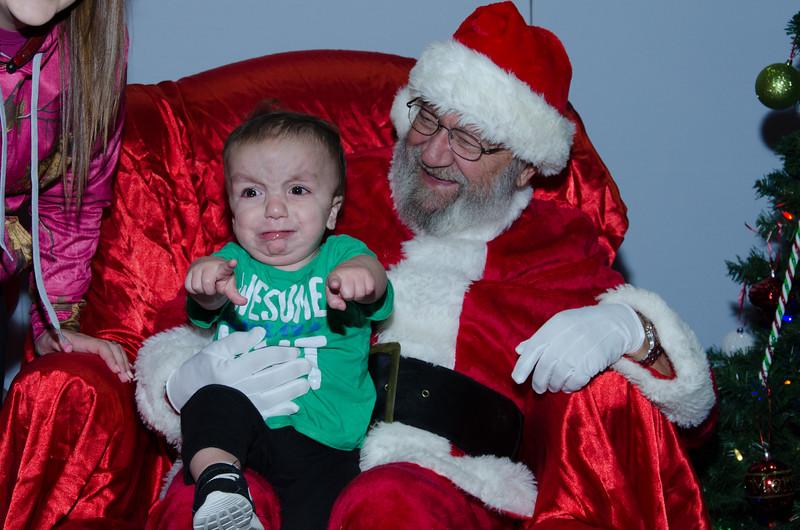 2016 AA DFW Rec Cmte Santa-4620