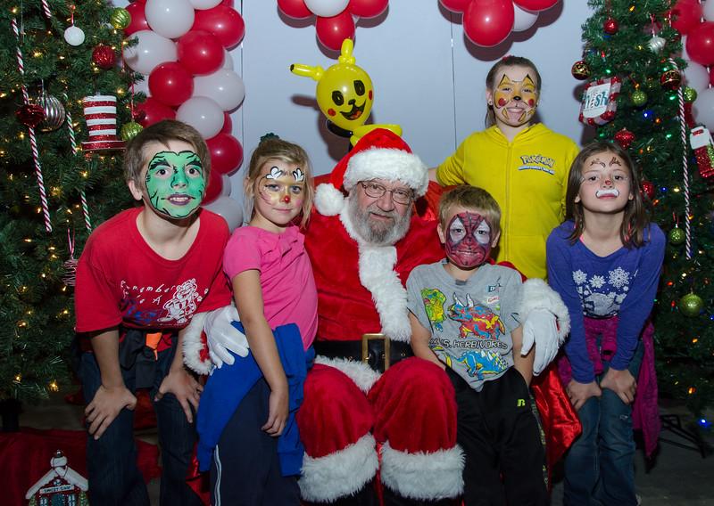2016 AA DFW Rec Cmte Santa-5051