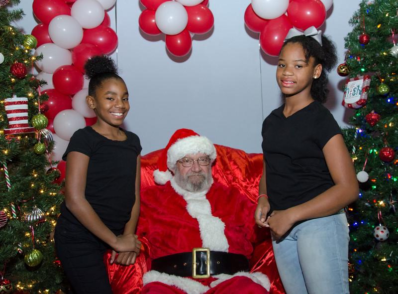 2016 AA DFW Rec Cmte Santa-5056