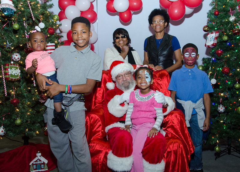 2016 AA DFW Rec Cmte Santa-5078