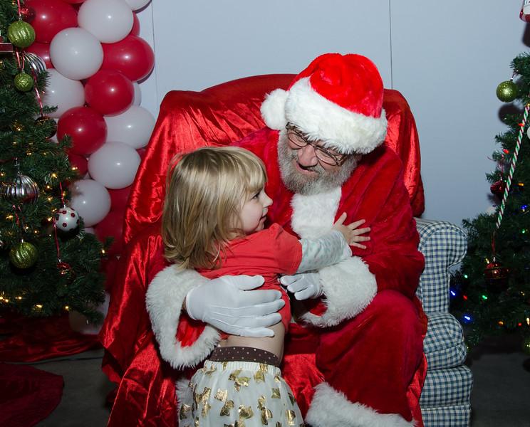 2016 AA DFW Rec Cmte Santa-4796