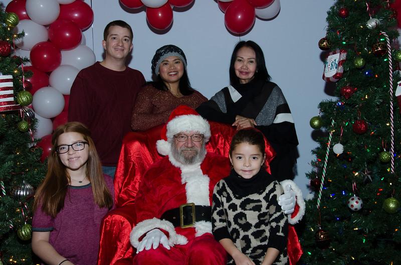 2016 AA DFW Rec Cmte Santa-4639
