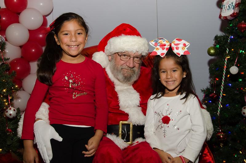 2016 AA DFW Rec Cmte Santa-4997