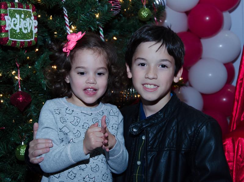 2016 AA DFW Rec Cmte Santa-5129