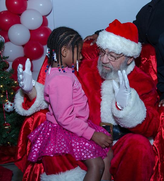 2016 AA DFW Rec Cmte Santa-4925