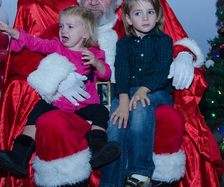 2016 AA DFW Rec Cmte Santa-5156
