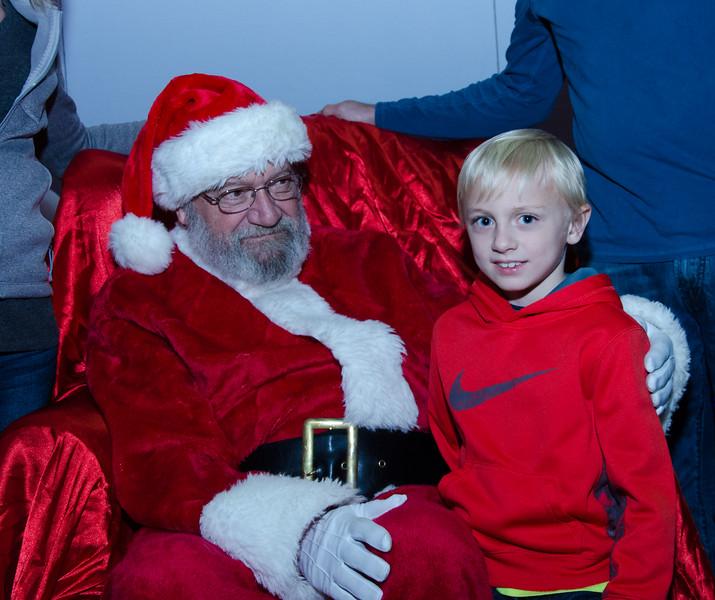 2016 AA DFW Rec Cmte Santa-5069
