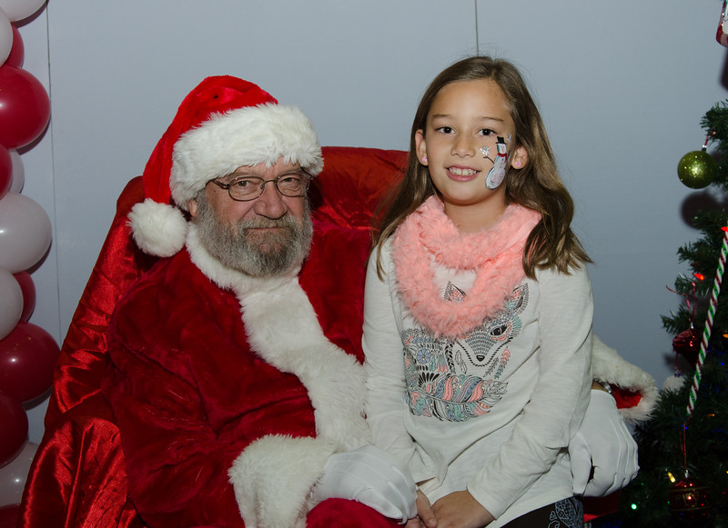 2016 AA DFW Rec Cmte Santa-4745