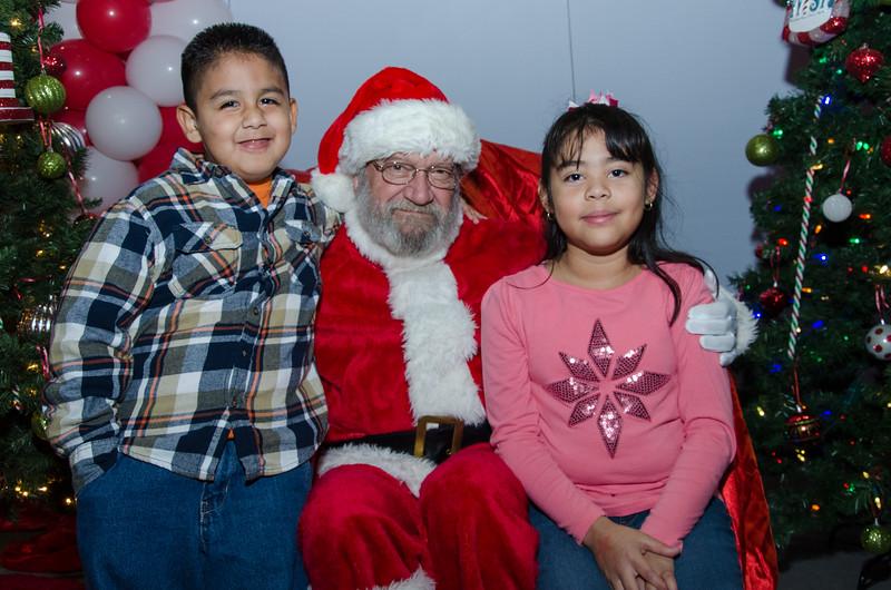 2016 AA DFW Rec Cmte Santa-4916