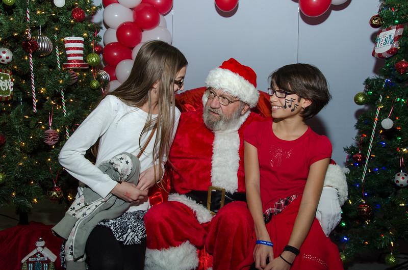 2016 AA DFW Rec Cmte Santa-4936