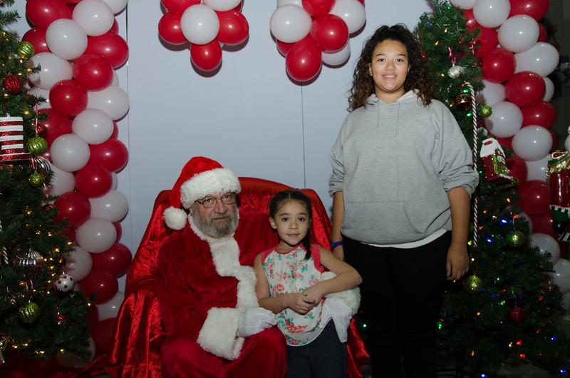 2016 AA DFW Rec Cmte Santa-4688