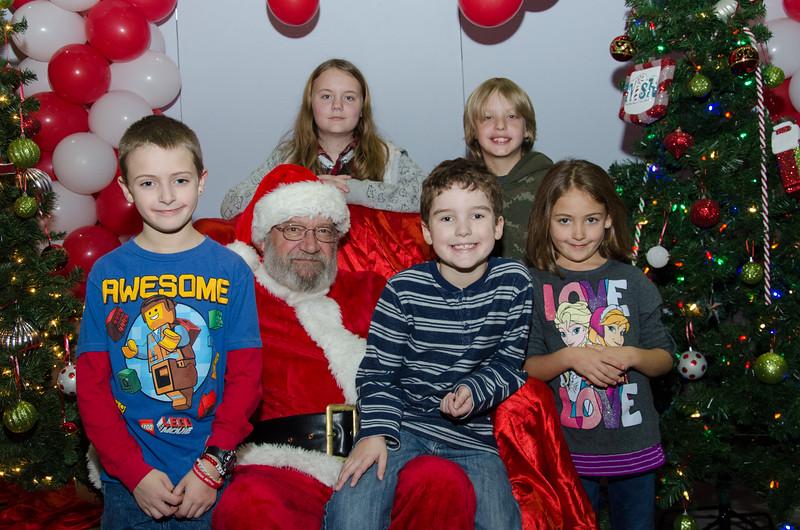 2016 AA DFW Rec Cmte Santa-5058