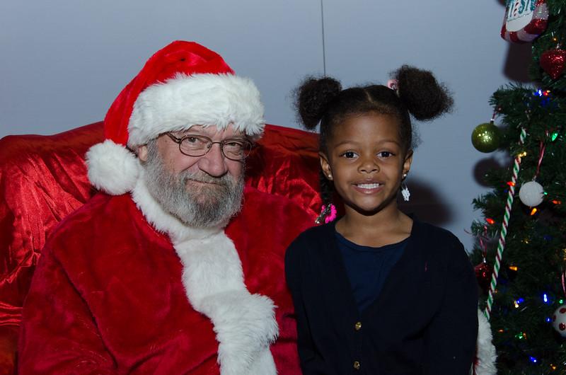 2016 AA DFW Rec Cmte Santa-4873