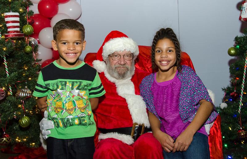 2016 AA DFW Rec Cmte Santa-4890