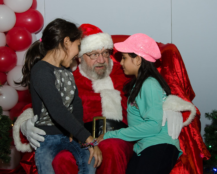 2016 AA DFW Rec Cmte Santa-4692