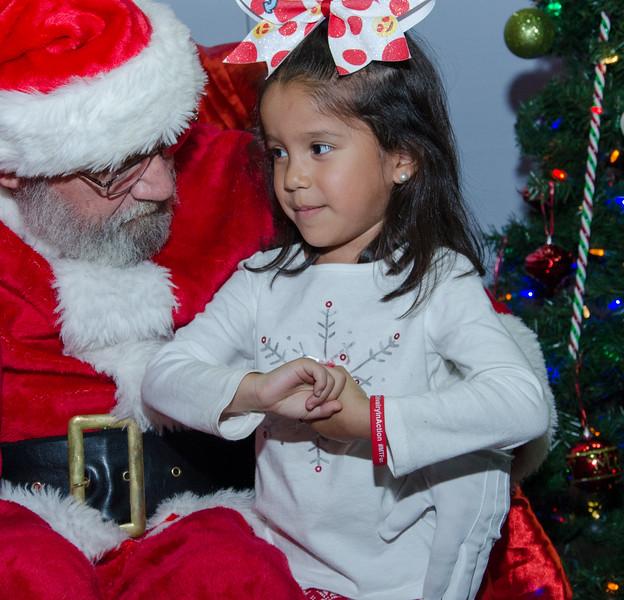 2016 AA DFW Rec Cmte Santa-4996