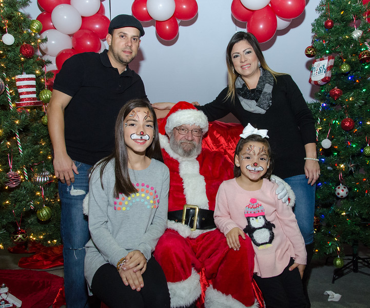 2016 AA DFW Rec Cmte Santa-4959