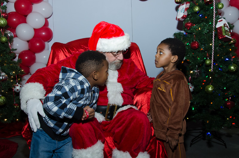 2016 AA DFW Rec Cmte Santa-4839
