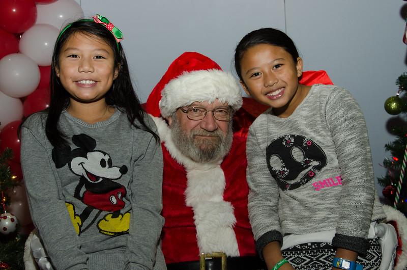 2016 AA DFW Rec Cmte Santa-4813