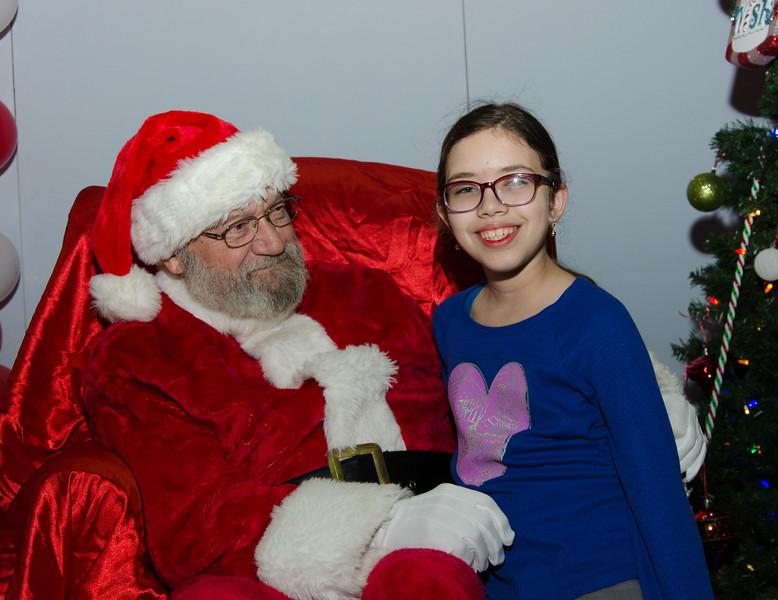 2016 AA DFW Rec Cmte Santa-4798