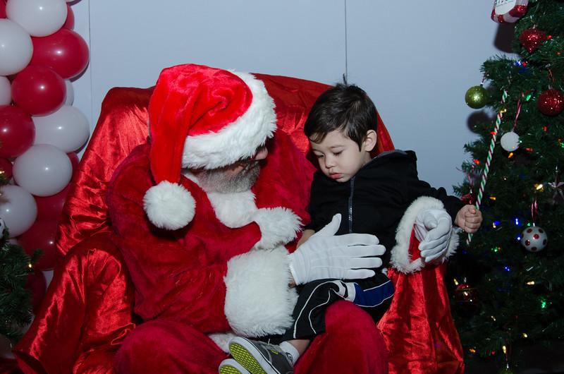 2016 AA DFW Rec Cmte Santa-4764