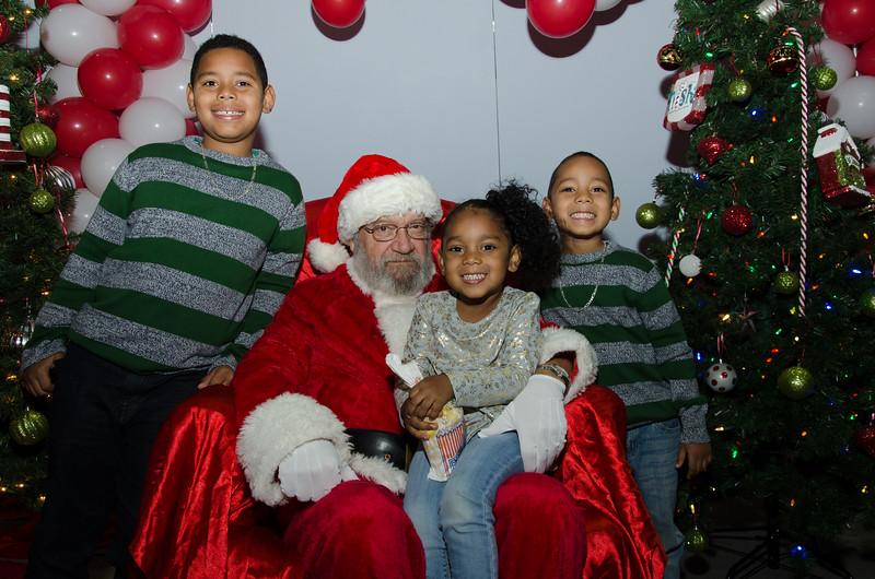 2016 AA DFW Rec Cmte Santa-4838