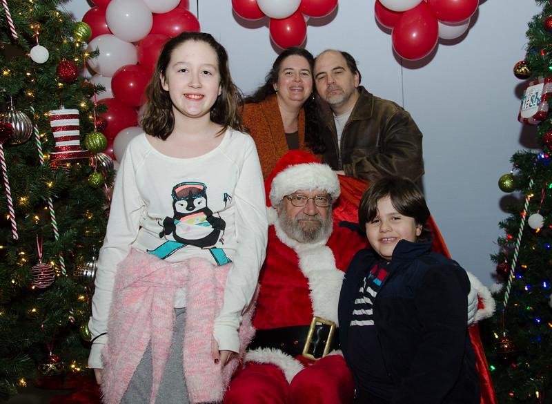 2016 AA DFW Rec Cmte Santa-4868