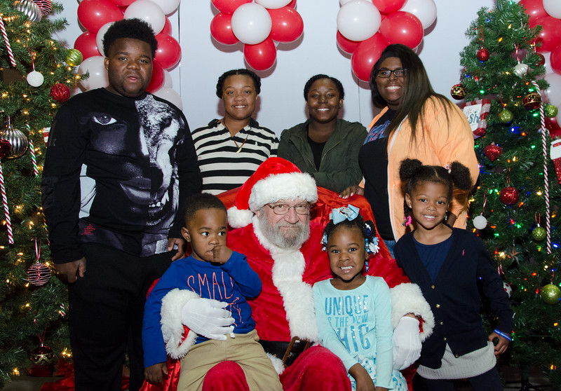 2016 AA DFW Rec Cmte Santa-4878
