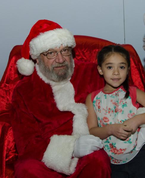 2016 AA DFW Rec Cmte Santa-4688-2