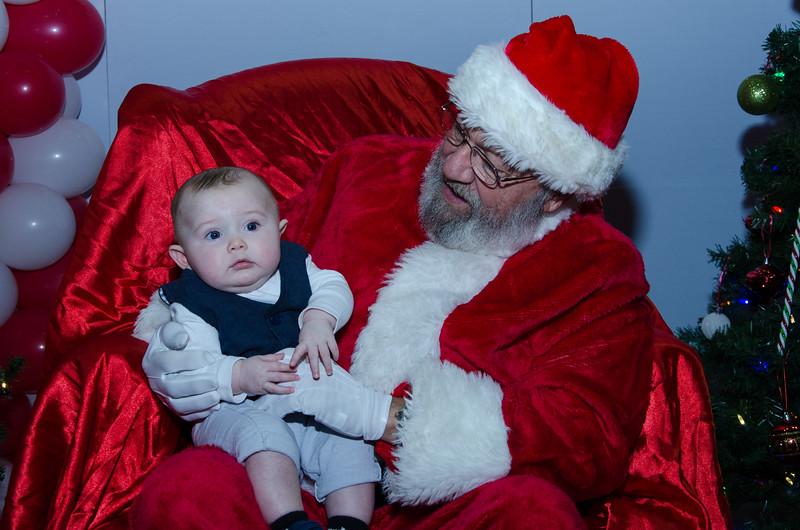 2016 AA DFW Rec Cmte Santa-4921