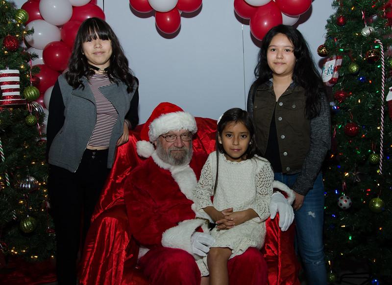 2016 AA DFW Rec Cmte Santa-4833