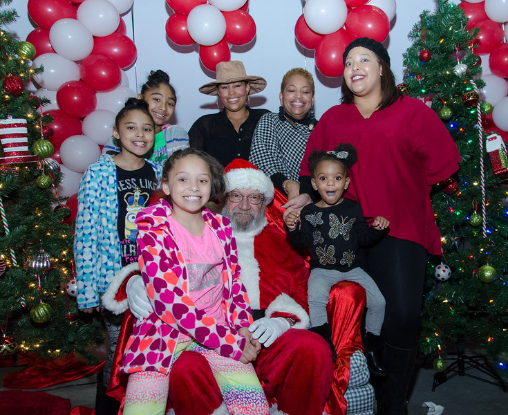 2016 AA DFW Rec Cmte Santa-4942