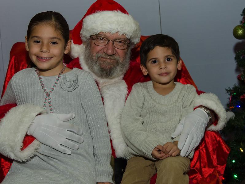 2016 AA DFW Rec Cmte Santa-5157