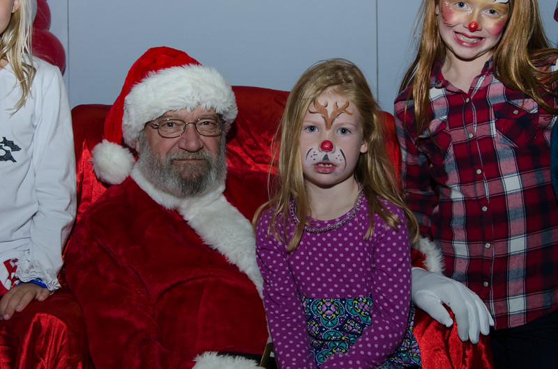 2016 AA DFW Rec Cmte Santa-4853