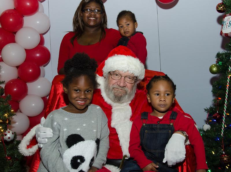 2016 AA DFW Rec Cmte Santa-4887