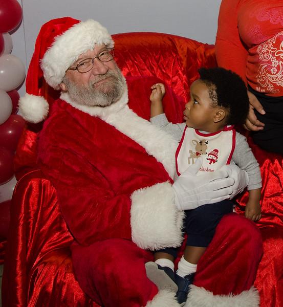 2016 AA DFW Rec Cmte Santa-5109-2