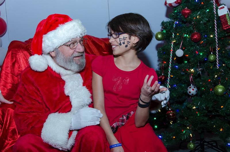 2016 AA DFW Rec Cmte Santa-4934