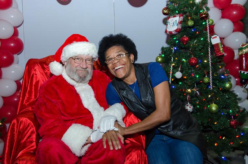 2016 AA DFW Rec Cmte Santa-5079