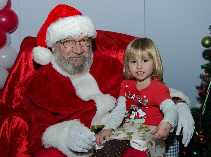 2016 AA DFW Rec Cmte Santa-4795