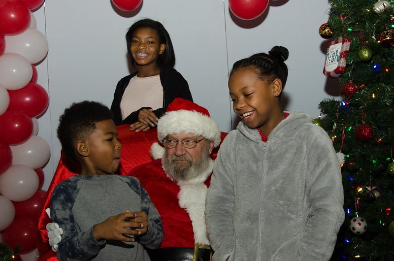 2016 AA DFW Rec Cmte Santa-4828