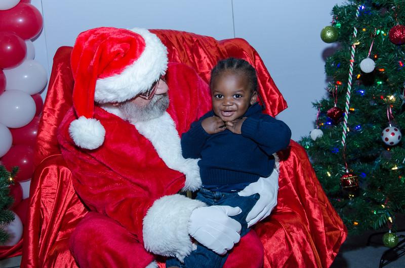 2016 AA DFW Rec Cmte Santa-5037