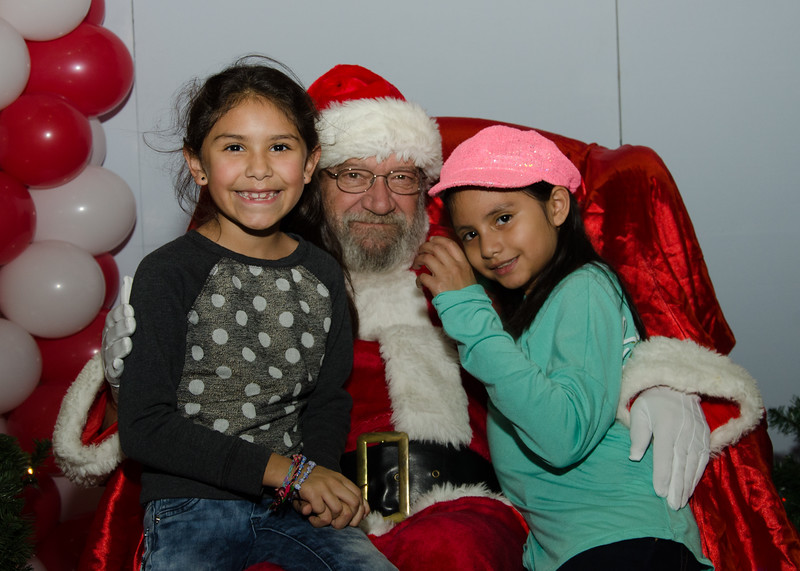 2016 AA DFW Rec Cmte Santa-4694
