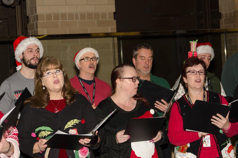 2016 AA Holiday Songs-5428