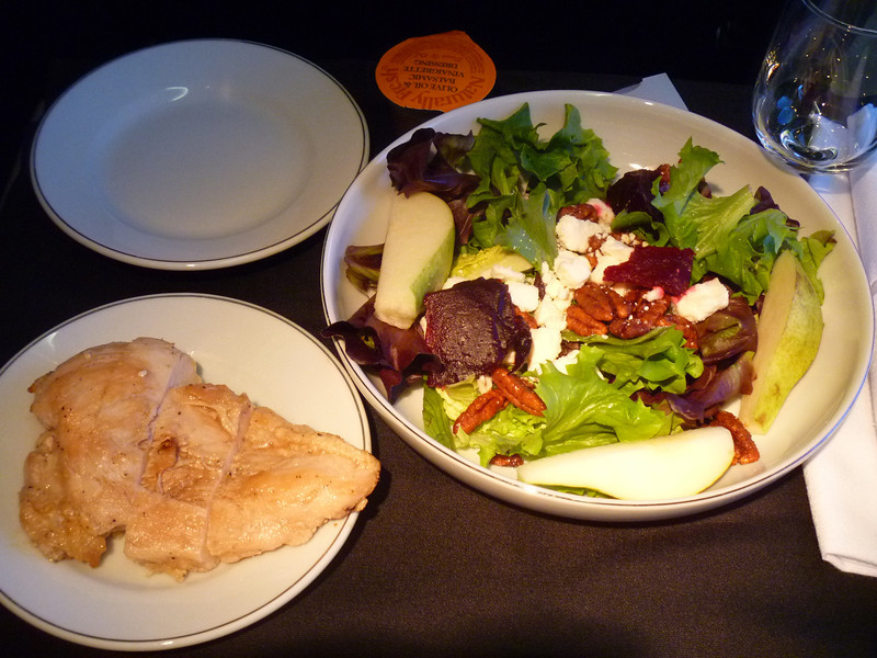20140211 ORD-SFO 1605 Chicken and Pear Salad Accompanied by roasted beets, goat cheese and balsamic vinaigrette