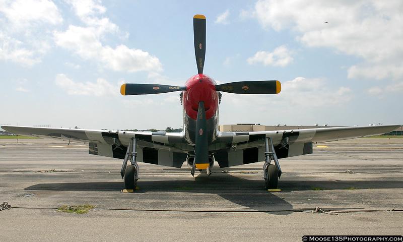 """P-51 """"Glamorous Gal"""""""