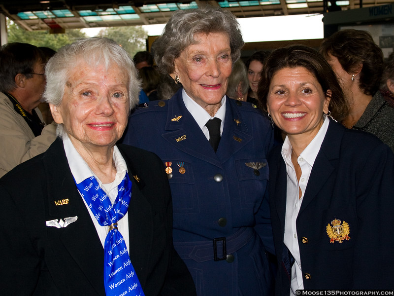 WASPs Katherine Willinger and Bernice Haydu with Long Island MacArthur Airport Commissioner Teresa Rizzuto.