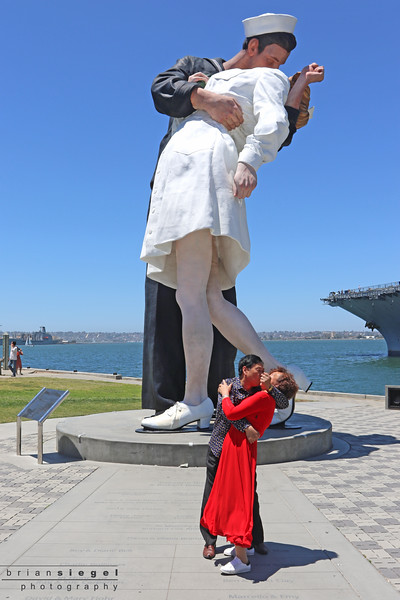 Unconditional Surrender Statue along the route.