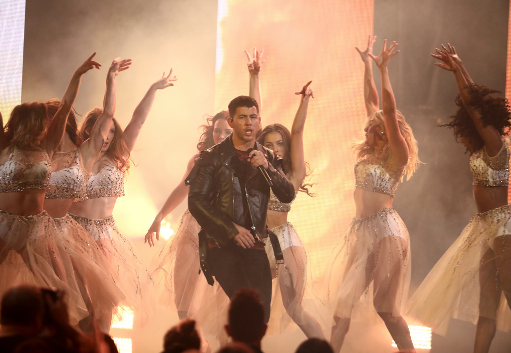 ". Nick Jonas performs ""Find You\"" at the American Music Awards at the Microsoft Theater on Sunday, Nov. 19, 2017, in Los Angeles. (Photo by Matt Sayles/Invision/AP)"